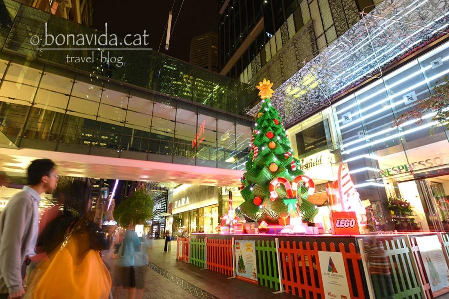 Els carrers són plens de decoració nadalenca