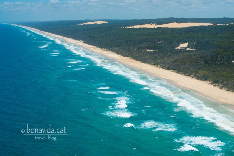 L'enorme 75 Mile Beach a Fraser Island