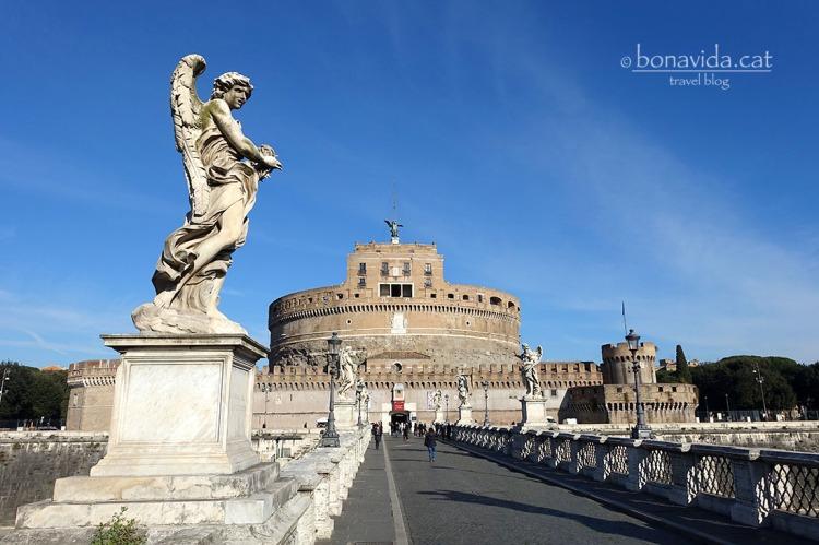 Castell Sant' Angelo vist des del pont del mateix nom