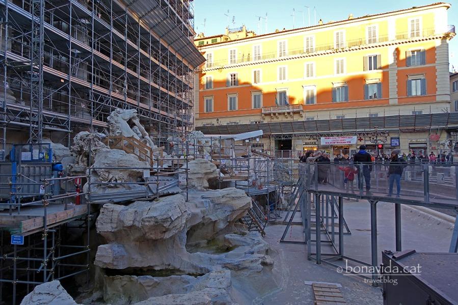 La Fontana di Trevi en plenes obres de restauració