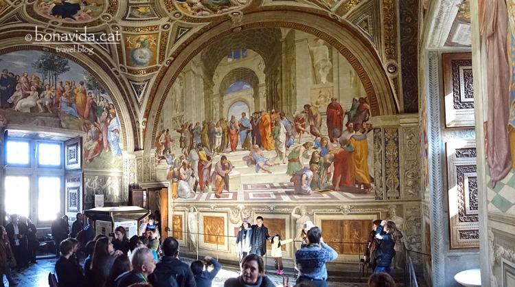 Stanza della Segnatura, un dels frescos més famosos de Raffaello als Museus Vaticans