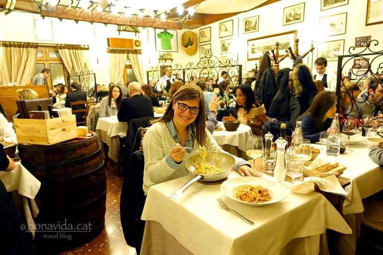Un sopar per recordar! Gaudim com mai a la Taverna Trilussa. Autèntica pasta!!