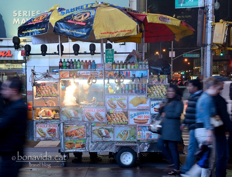 que seria de Nova York sense els xiringuitos de hot dogs?