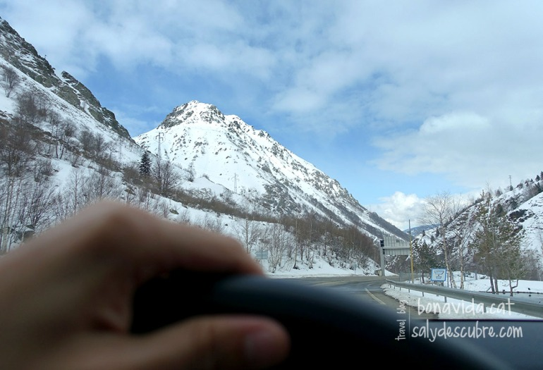 Un cop passem el tunel de Puymorens, la neu ja ens envolta...