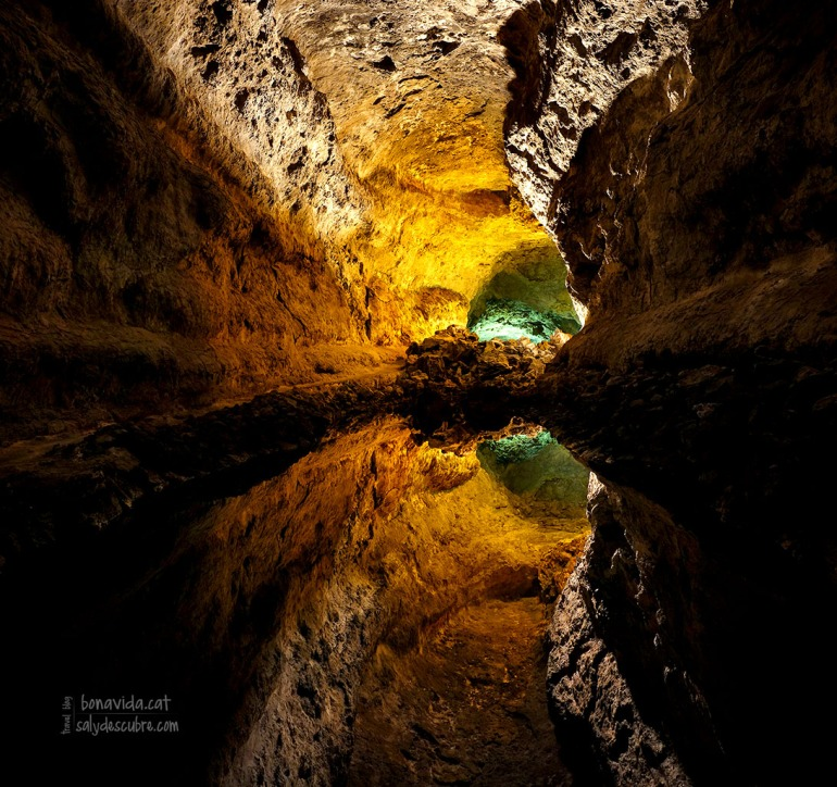 L'interior de la Cueva de los Verdes no deixa indiferent