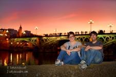 Capvespre davant el Pont de Triana. Sevilla