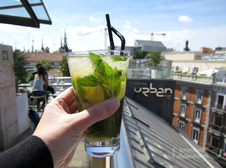 Un mojito a la terrassa de l'hotel Urban