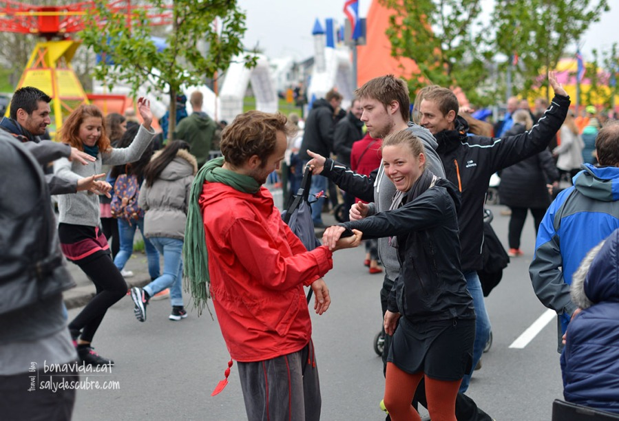 Ball pels carrers