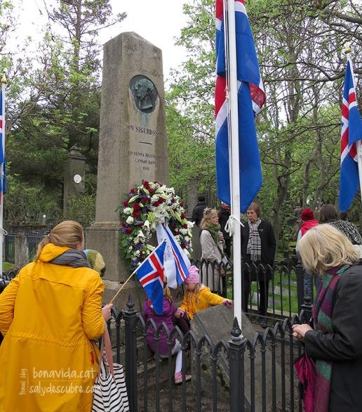Ofrena a la tomba de Jón Sigurðsson