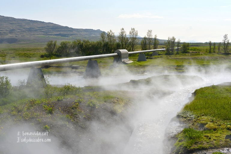 Deildartunguhver subministra a traves de canonades energia termal