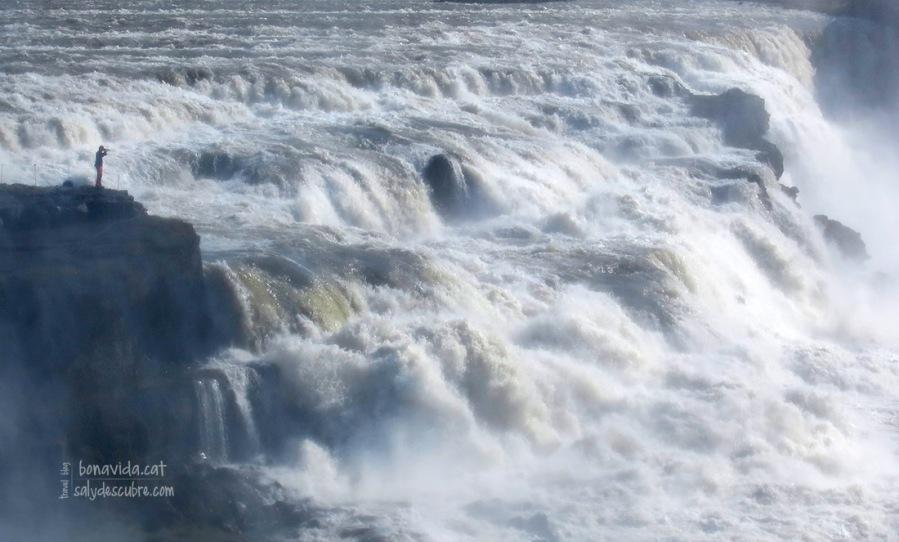 Fotografiant l'increïble força de l'aigua