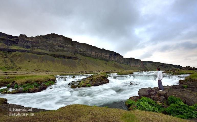 Rius i cascades ens acompanyen en tota la ruta