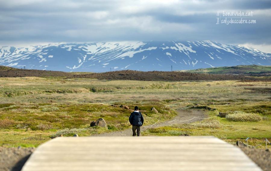 El millor de molts punts com Gullfoss, és que es poden fer trekings per la zona