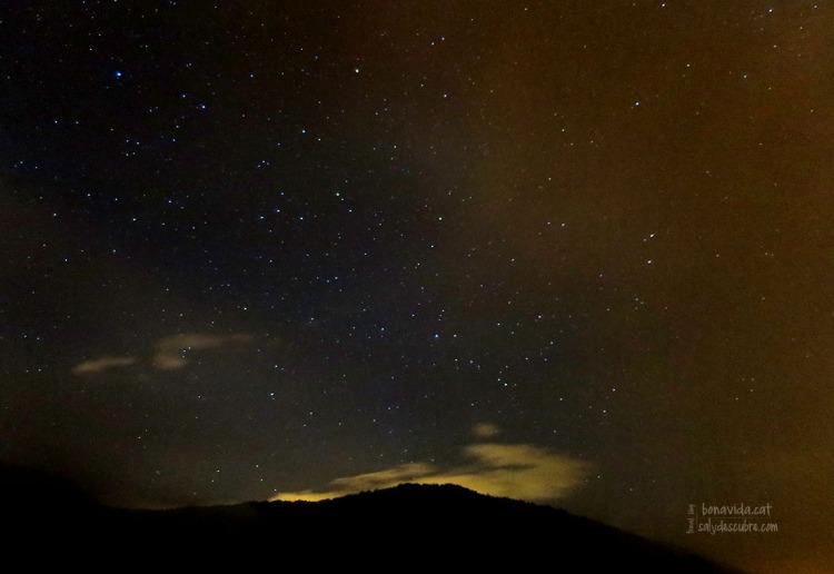 El cel estrellat, nit ripollesa