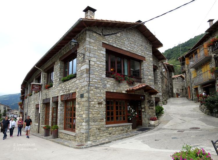 Exterior de Can Jepet, al poblet encantador de Setcases