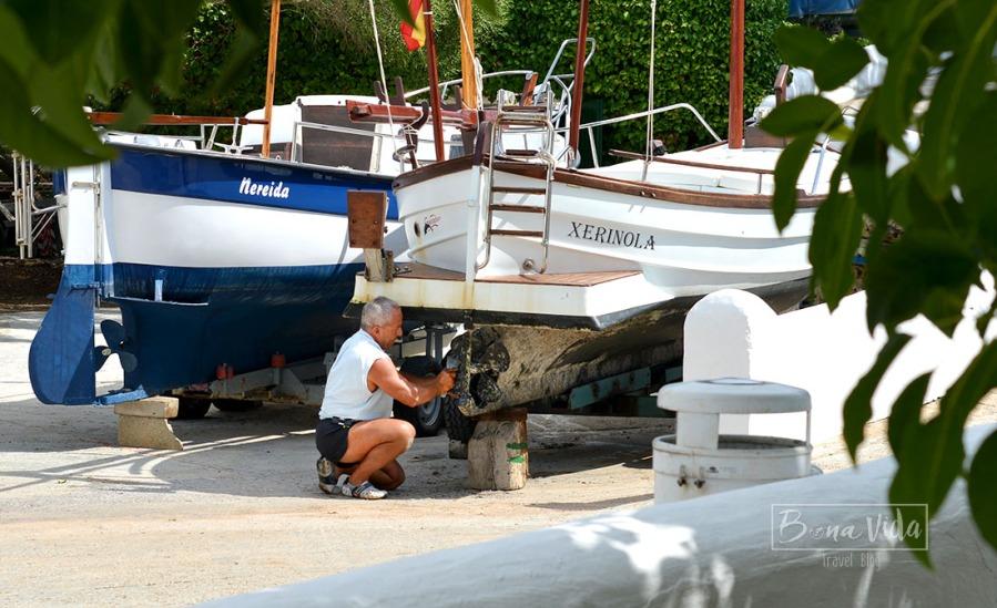 Menorca és molt turística, però també podem trobar racons on l'illa va al seu ritme