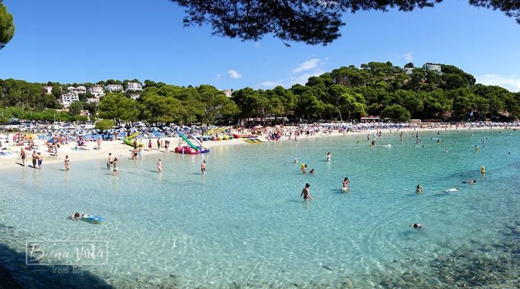 Trobem llocs més massificats i populars com Cala Galdana...