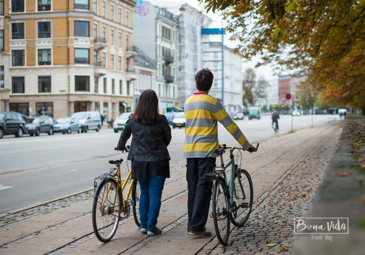 Aprofitem les bicletes que ens deixen durant la nostra estada, per conèixer millor la ciutat.