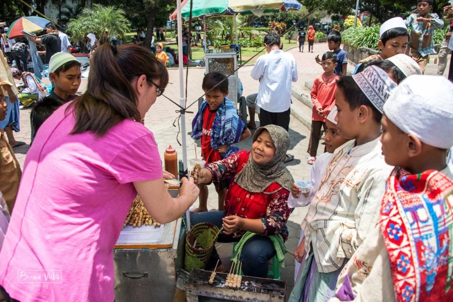 Voltar pels mercats i tastar tot el possible és la millor forma de conèixer un país.
