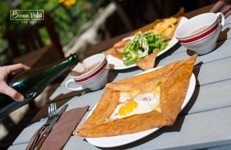 Viaje por la deliciosa gastronom a de la breta a francesa for Comida nacional de francia