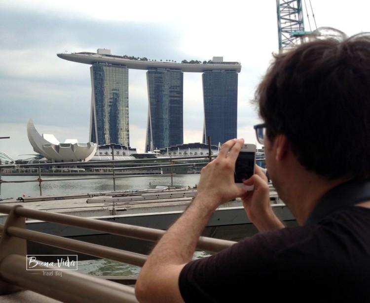 manel mobil instagram singapur