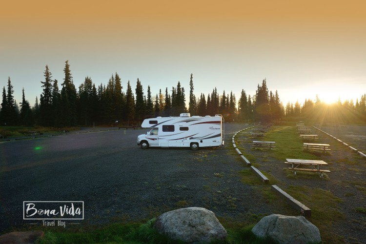 alaska caravana sunset