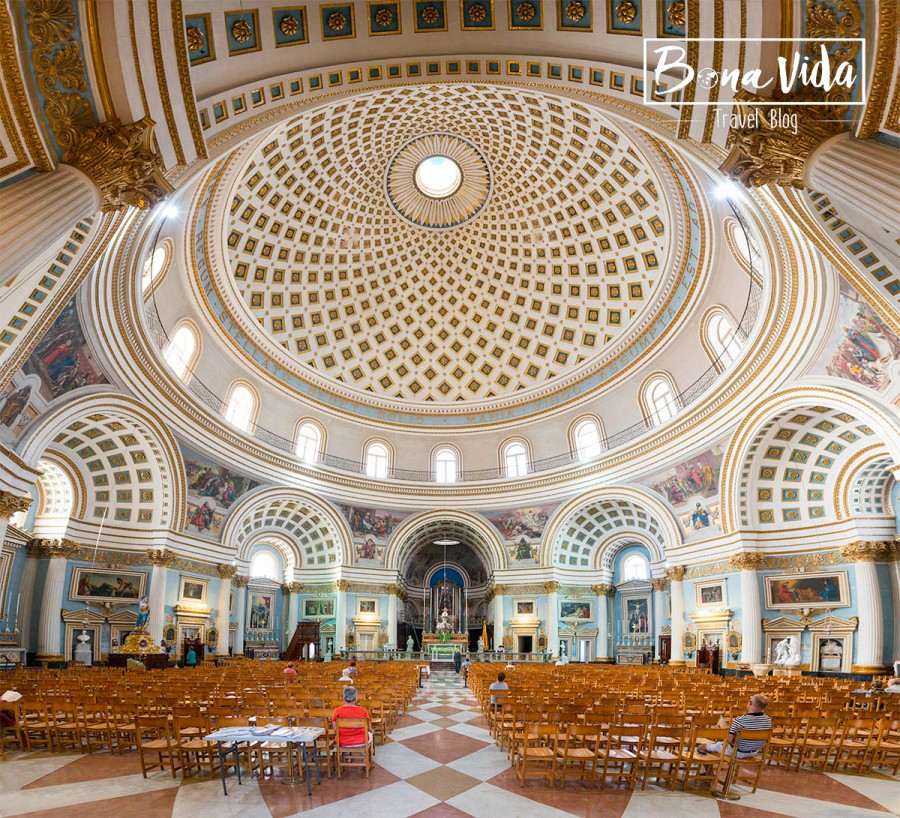 malta mosta catedral interior